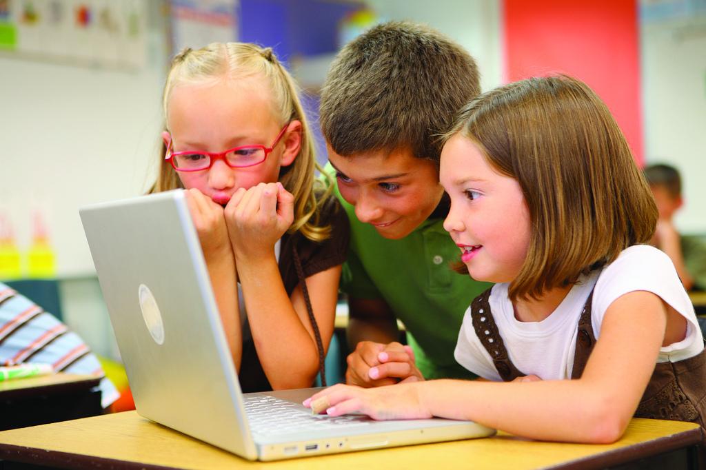 Kurs digitalne pismenosti i bezbednosti na Internetu za osnovce